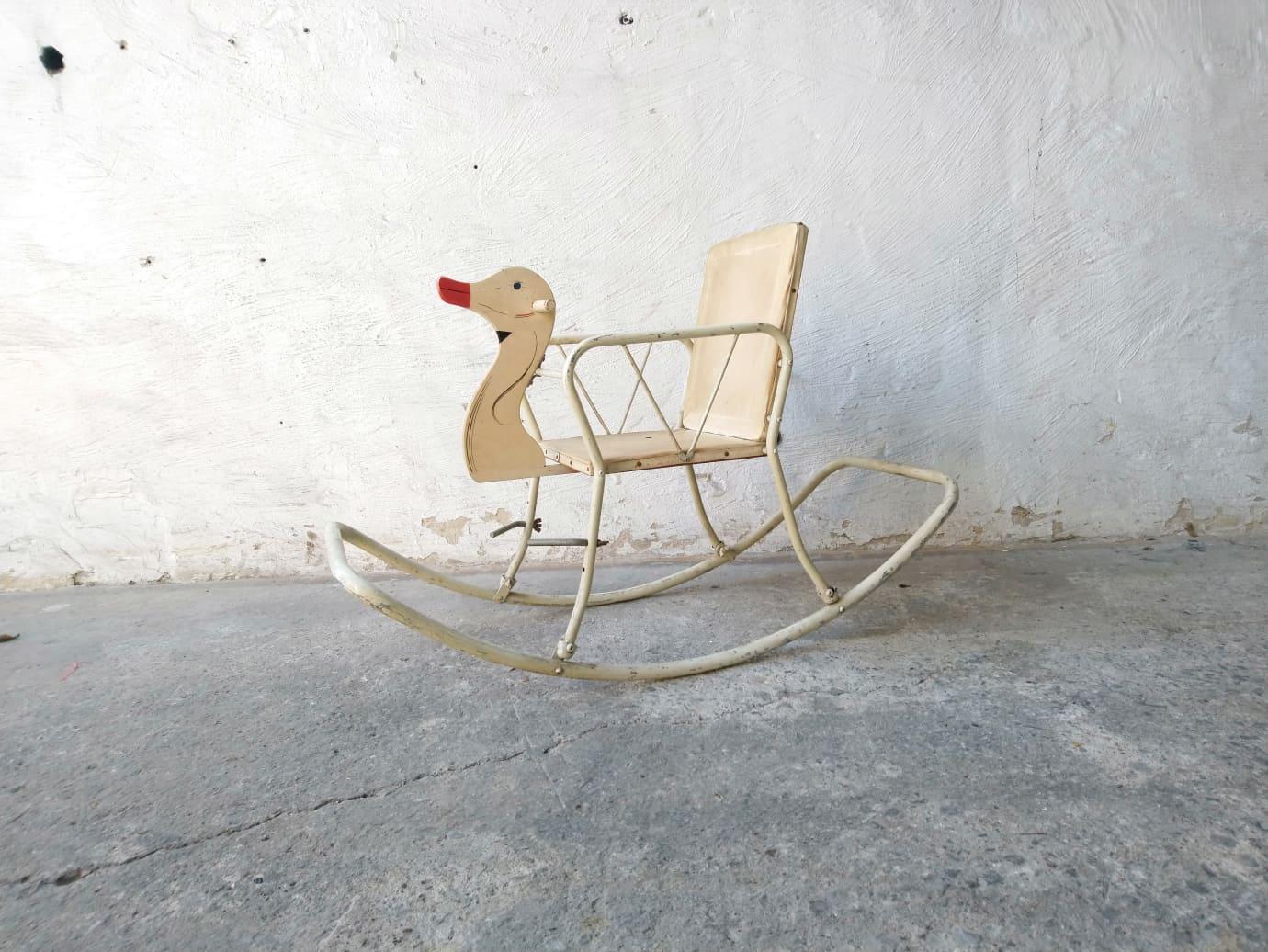 Cool Rocking Swan Ncnpc Chair Design For Home Ncnpcorg